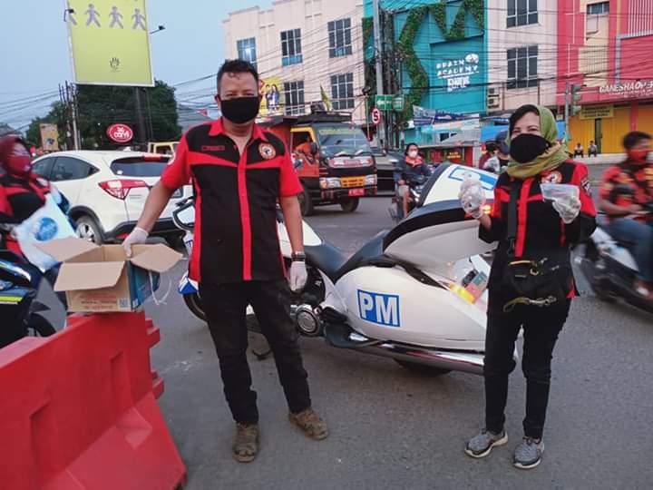 Kegiatan sosial komunitas motor