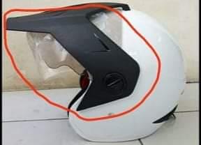 Winglet motor dari helm