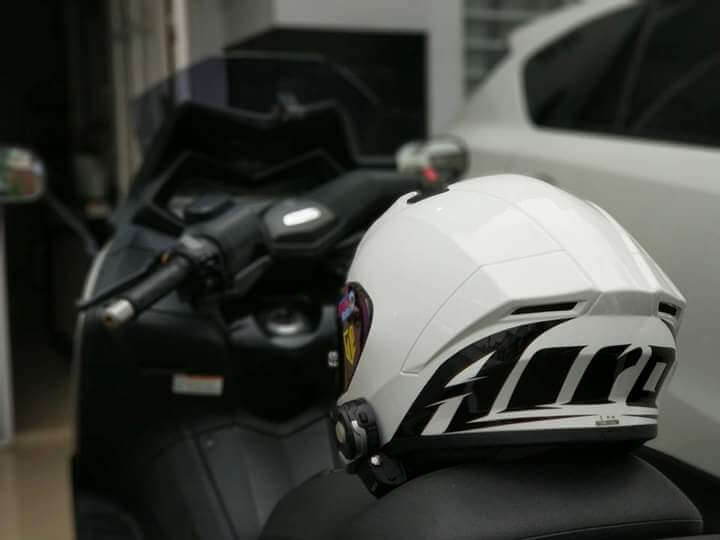 Review helm airoh