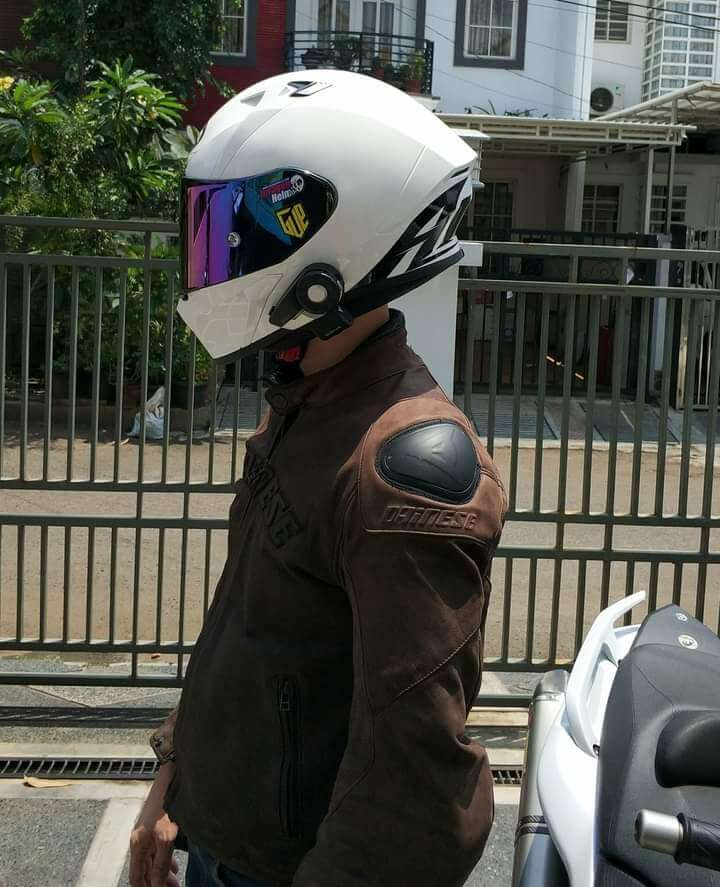 Helm airoh valor