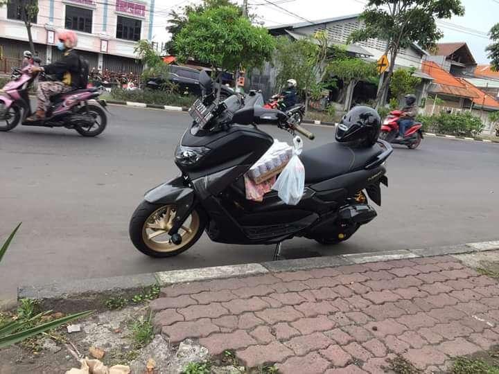 Pledge furniture untuk motor